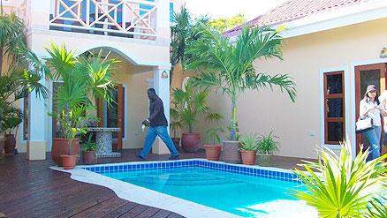 Villas-at-Cocoplum